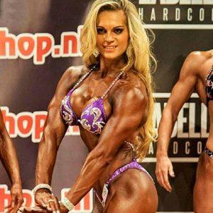 Evelien Nellen Bodybuilding Kleding atleet NK 2015 tricep pose uitsnede