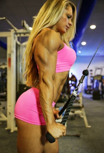 Evelien Nellen Bodybuilding Kleding atleet triceps training