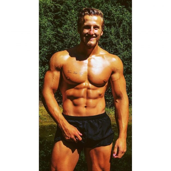 Kenzie Durant - Bodybuilding Kleding atleet