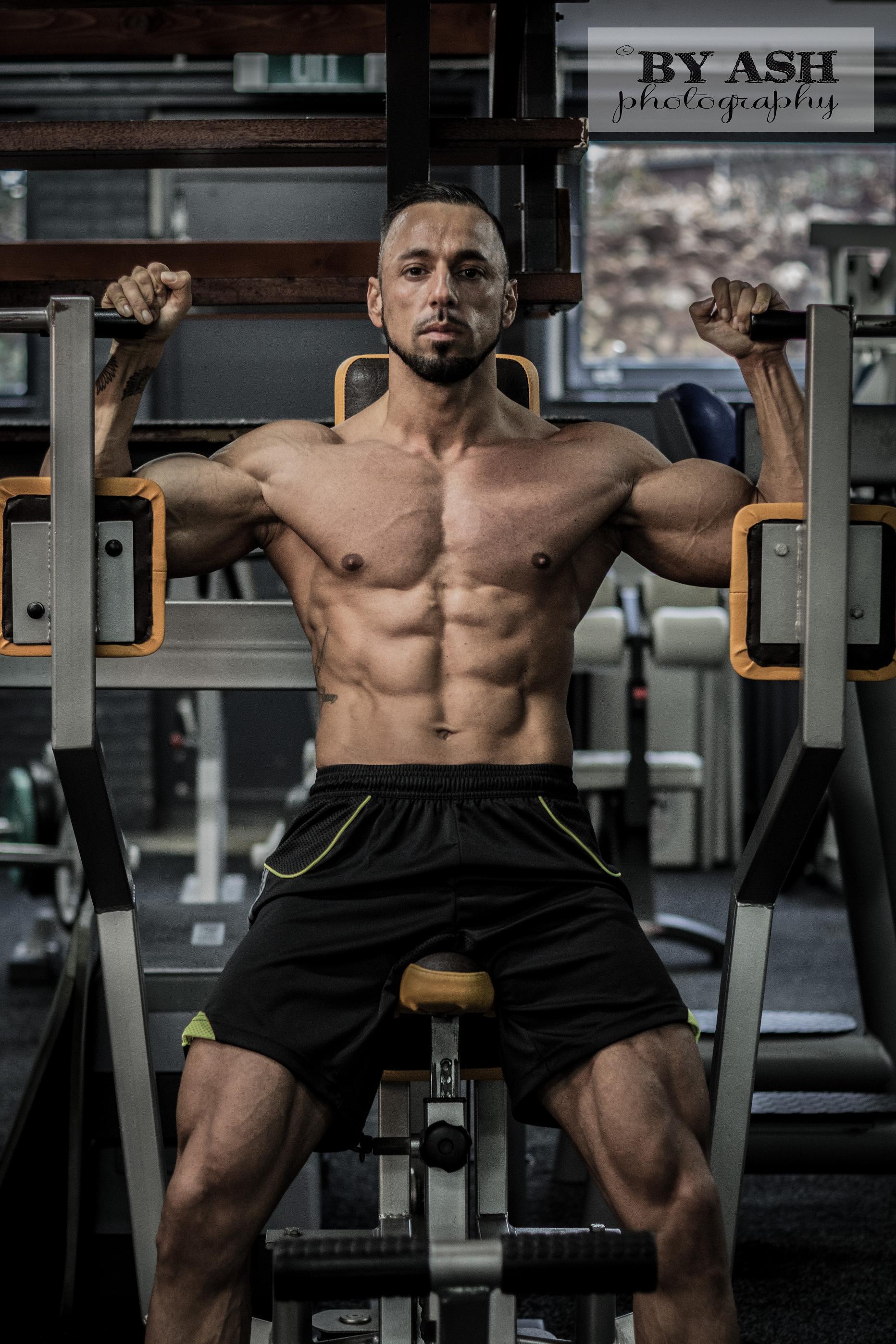 Bodybuildingkleding.com - Deniz Uludag - 11
