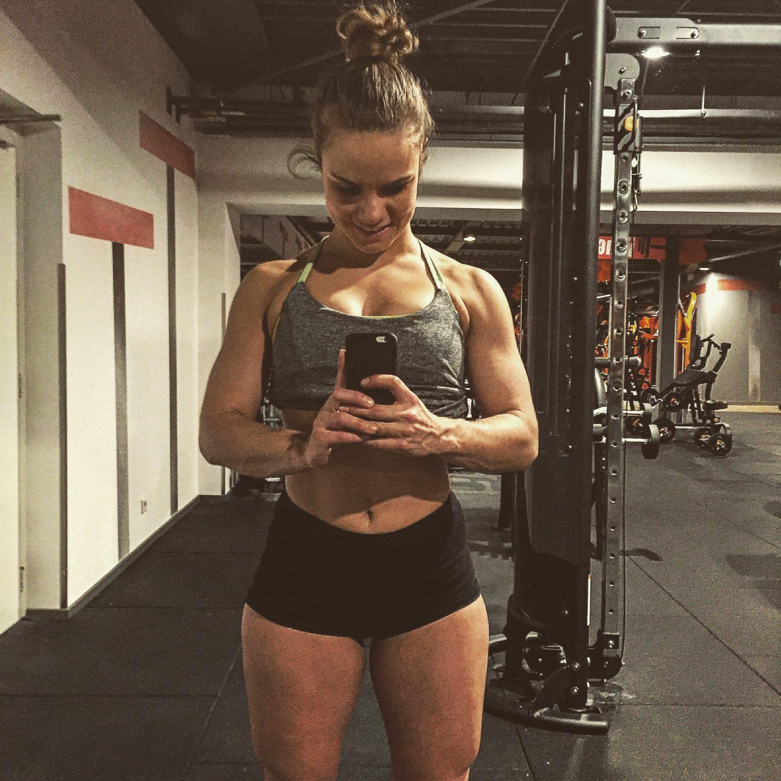 Esmeralda de mul - Bodybuildingkleding.com-4
