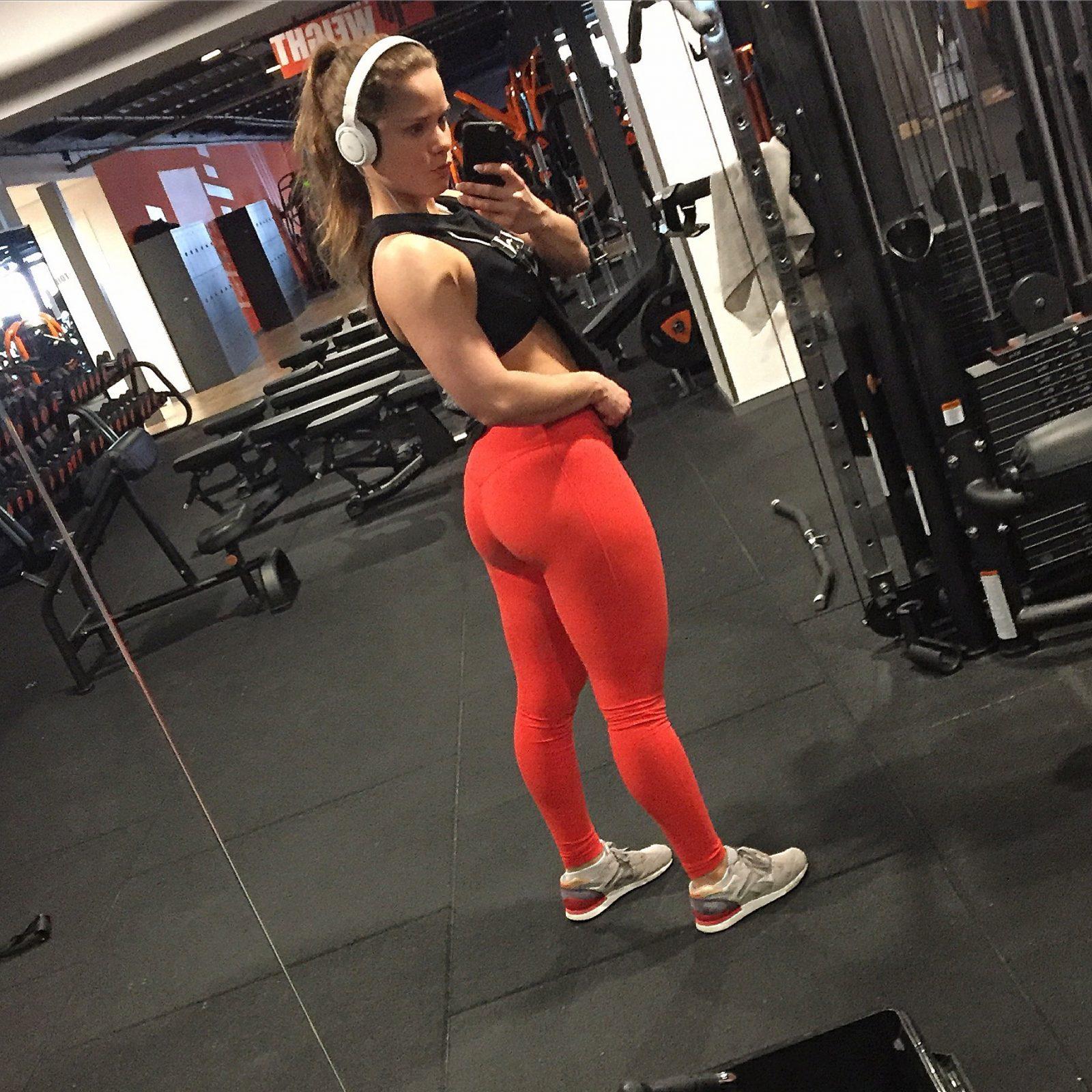 Esmeralda de mul - Bodybuildingkleding.com-5