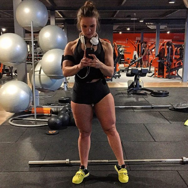 Esmeralda-de-mul---Bodybuildingkleding.com-12